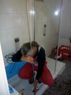 Schritt 3: Aufbau der Duschkabine